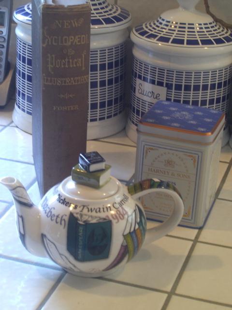 teapotandbook